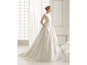 Gray Ivory Satin Wedding Dress with Beads Bow Court Train O-Neck Backless Bridal Gown Formal