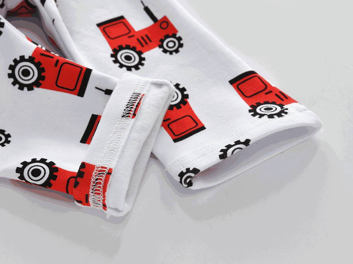 Baby Unisex Tractor pattern clothing set (3-18 months)