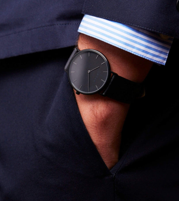 Black & Black | CLASSIC | Ethical vegan watch by Votch