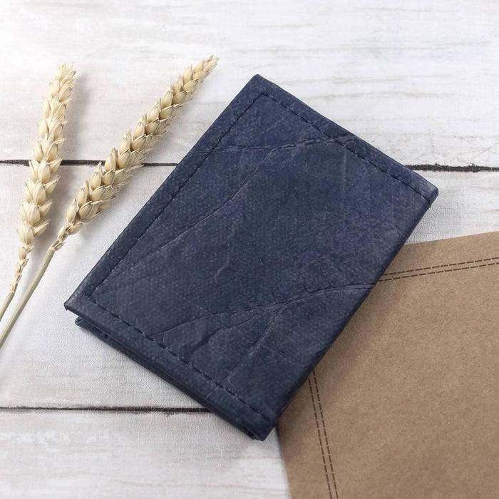 Bifold Cardholder in Leaf Leather | Choose From 10 Colours