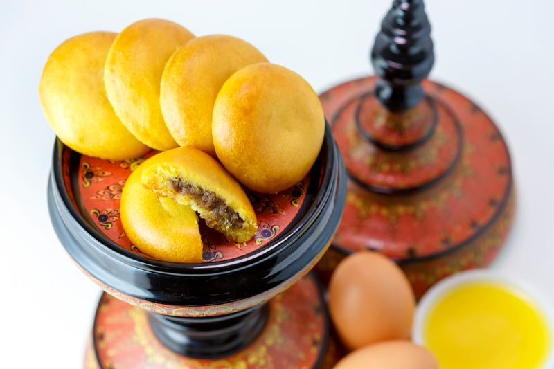 Butter Black Bean Moon Cake (Special)