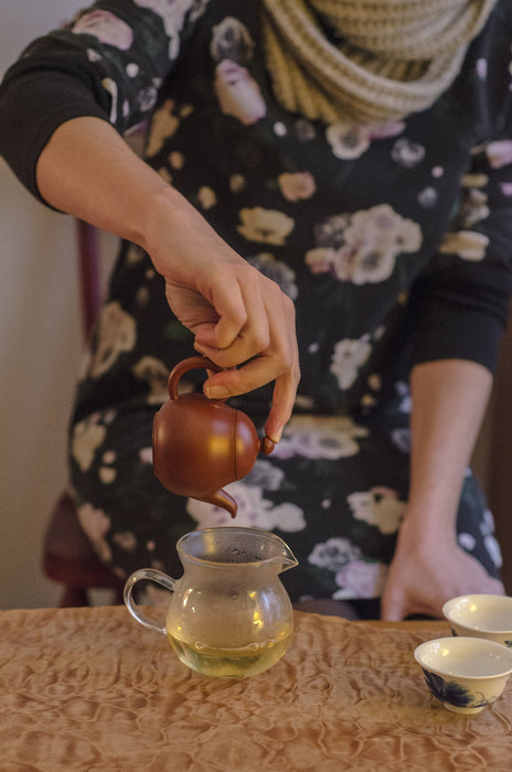 Taiwanese Red Clay Teapot (4 oz) brewing