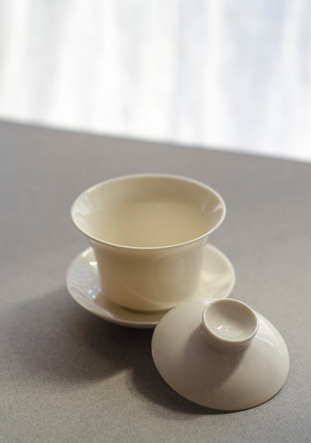 White Gaiwan (3 oz) - lid off