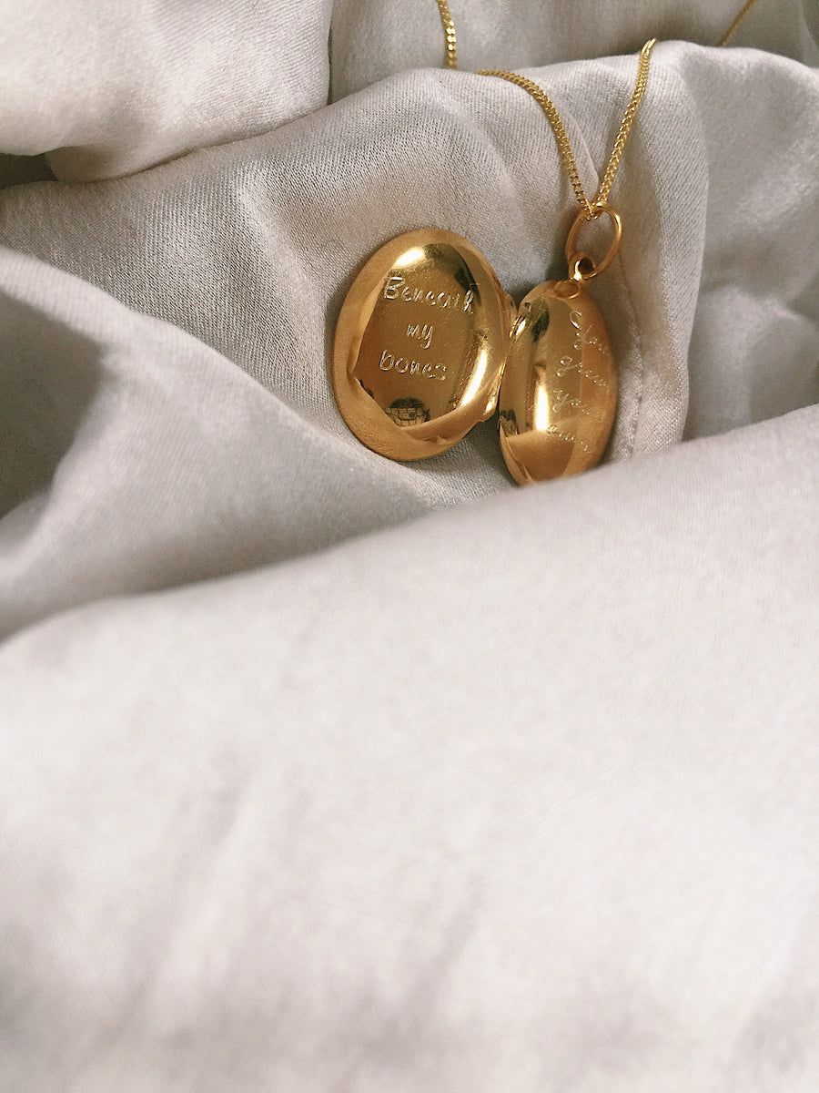 Locket ~Oval / Beneath My Bones