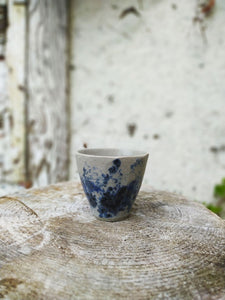 blue spotted cup Makiko Hicher-Nakamura