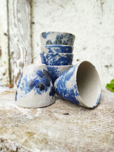 blue spotted cups Makiko Hicher-Nakamura