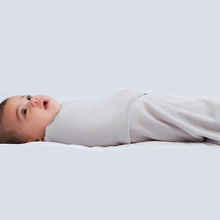 Load image into Gallery viewer, 100% Superfine Merino Wool Swaddle Blanket