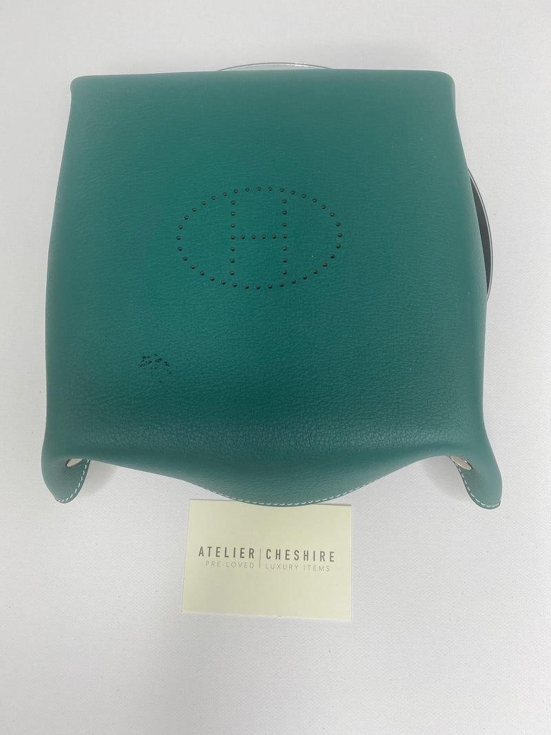 Hermes Mises Et Relence Change Tray in Green
