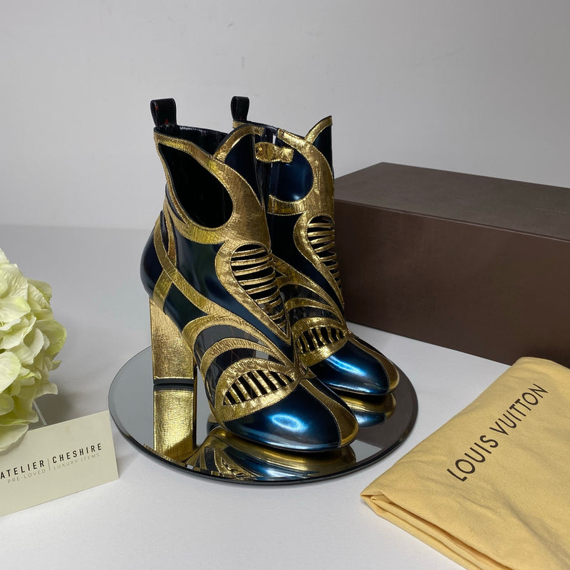 Louis Vuitton Queen of Hearts Glazed Calf Leather Ankle Boot (Size 40)