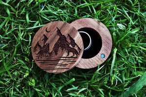 everaftercreative Ring Box Howling Wolves Wedding Ring, Wolf Engagement Ring Box, Nature Mountain Adventure Wood Ring Box, Howling Wolves Moon Wooden Jewelry Gift