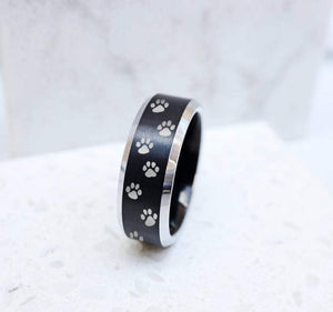 Open image in slideshow, everaftercreative Ring Dog Paw Print Wedding Band, Dog Lover Wedding Ring, Animal Lover Engagement Ring