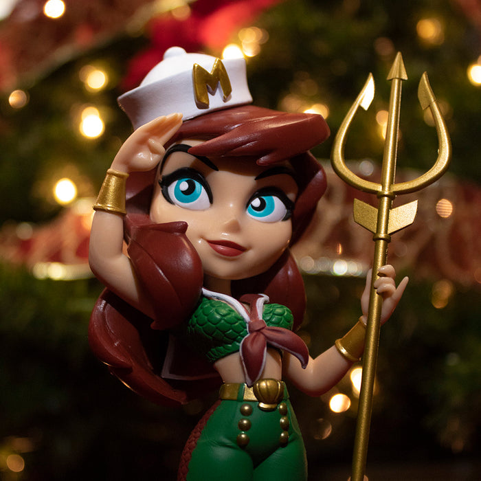 Mera Holiday Edition: DC Bombshells Vinyl Figure