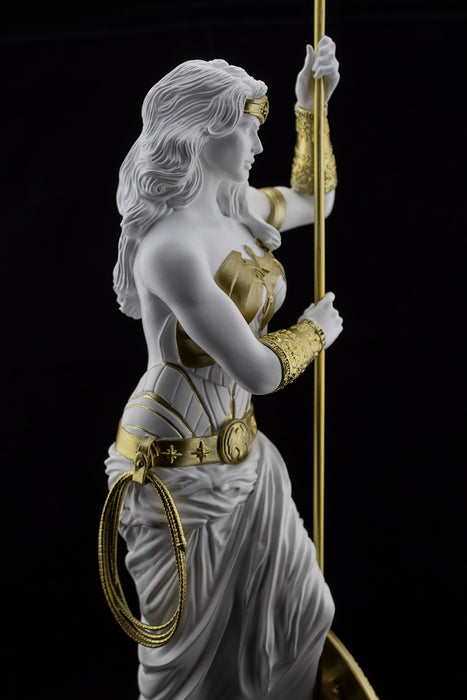 Wonder Woman: Princess of Themyscira Statue