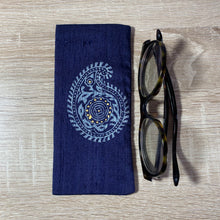 Load image into Gallery viewer, Paisley Large Design Glasses Hand Printed Silk