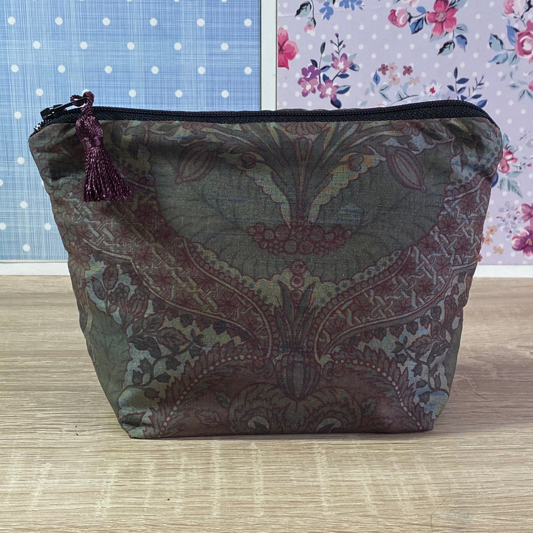 Vintage Silk Fabric Cosmetics Purse