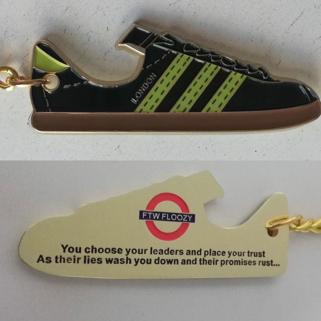 Adidas London - Metal keyring