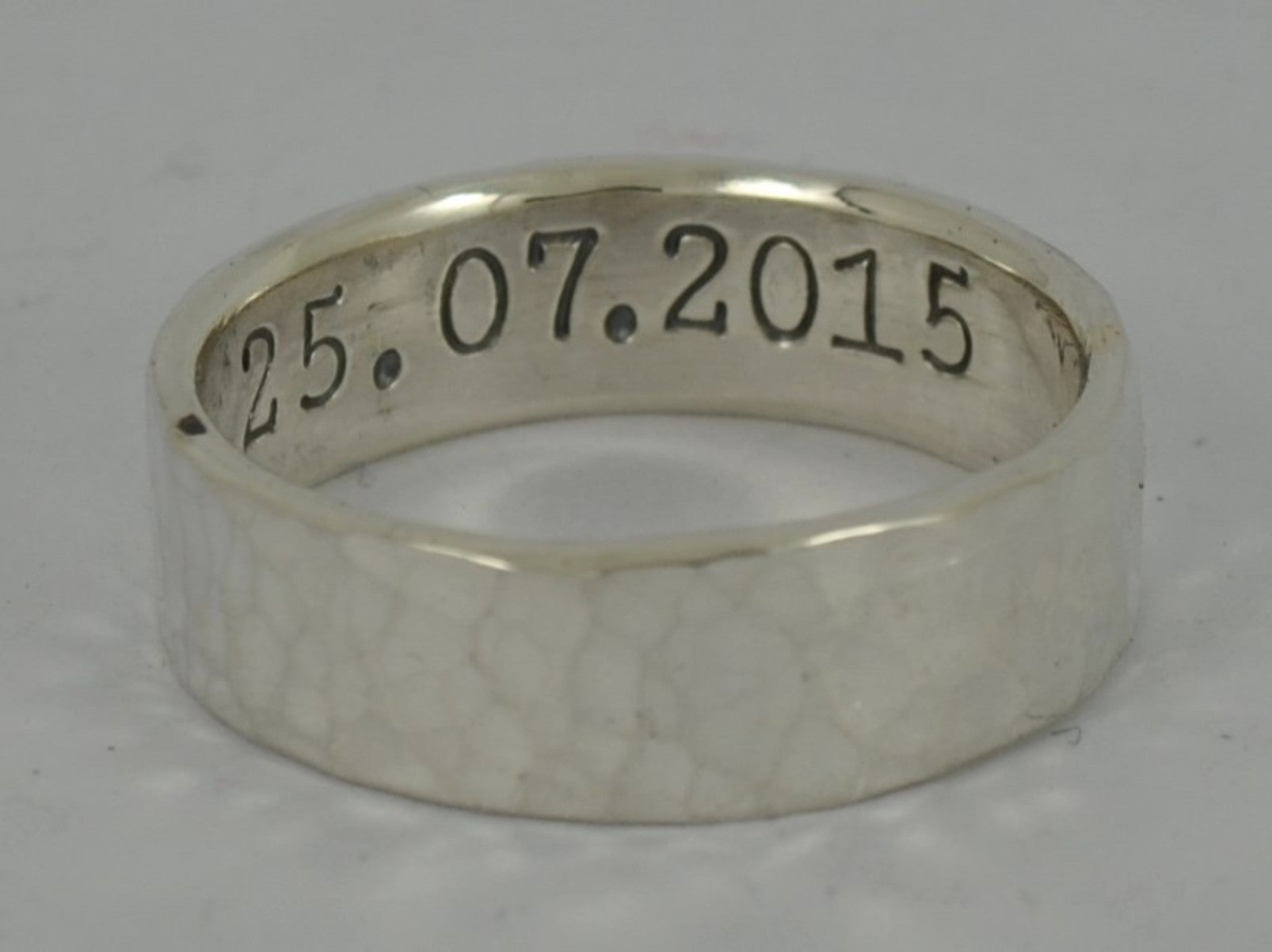 wedding personalised berkshire engraving bracknell ring in experts goldsmiths sets rings