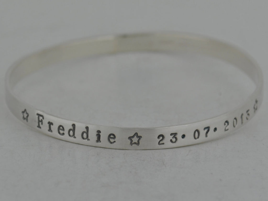 Mother's Personalised Sterling Silver Bangle / Bracelet - Stacking - with stars - UK