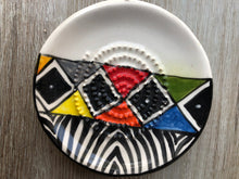Load image into Gallery viewer, Ndebele - Ceramic Grater Plate