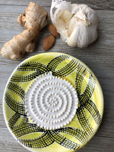 Yellow Grid Pattern - Ceramic Grater Plate
