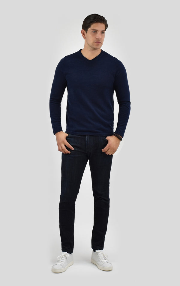Cashmere Crewneck Sweater in Midnight Navy