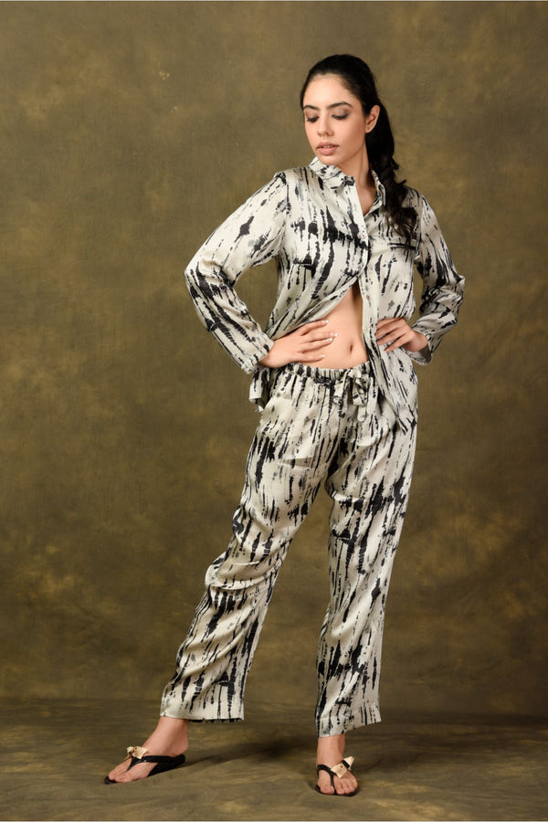 Tie & Dye Notched Collar Night Wear - Monochrome - Tie and Dye Collection -DreamSS by Shilpa Shetty