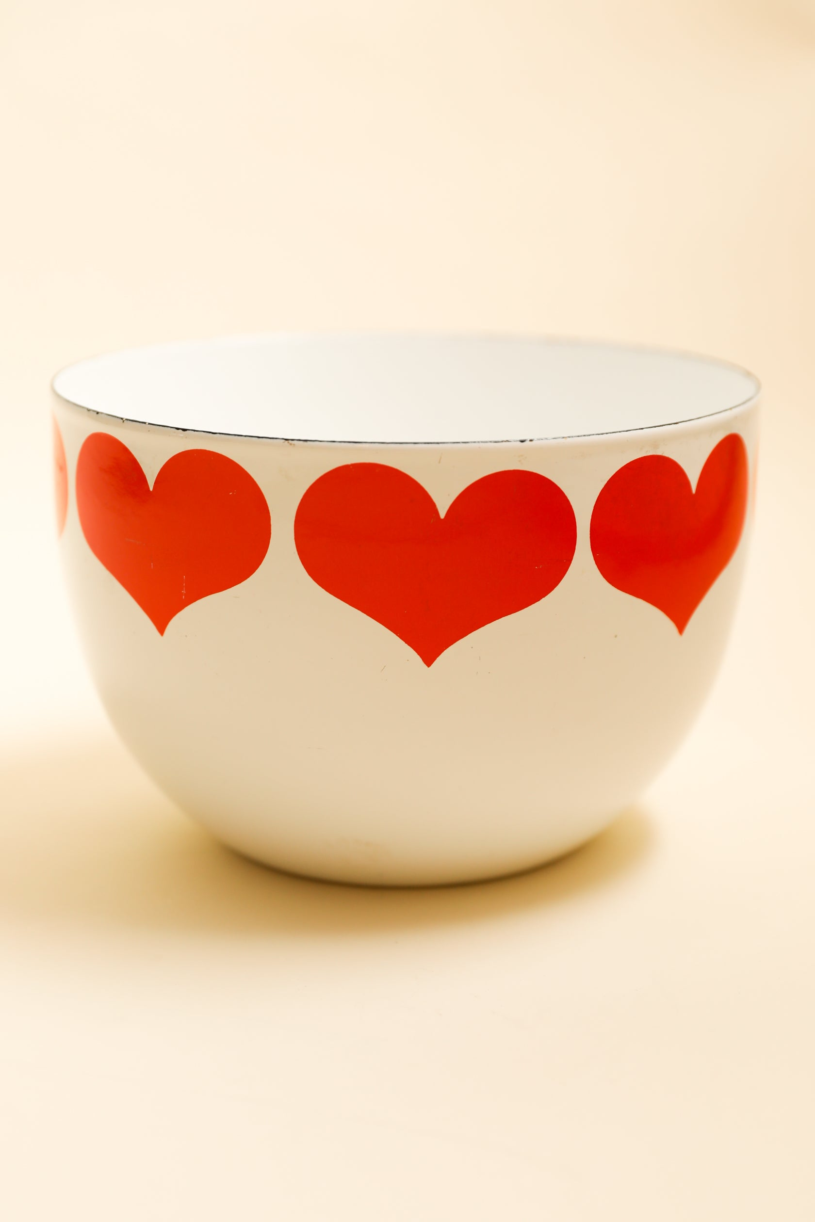Vintage Finel Finland Enamel Heart Bowl by Kaj Franck, large