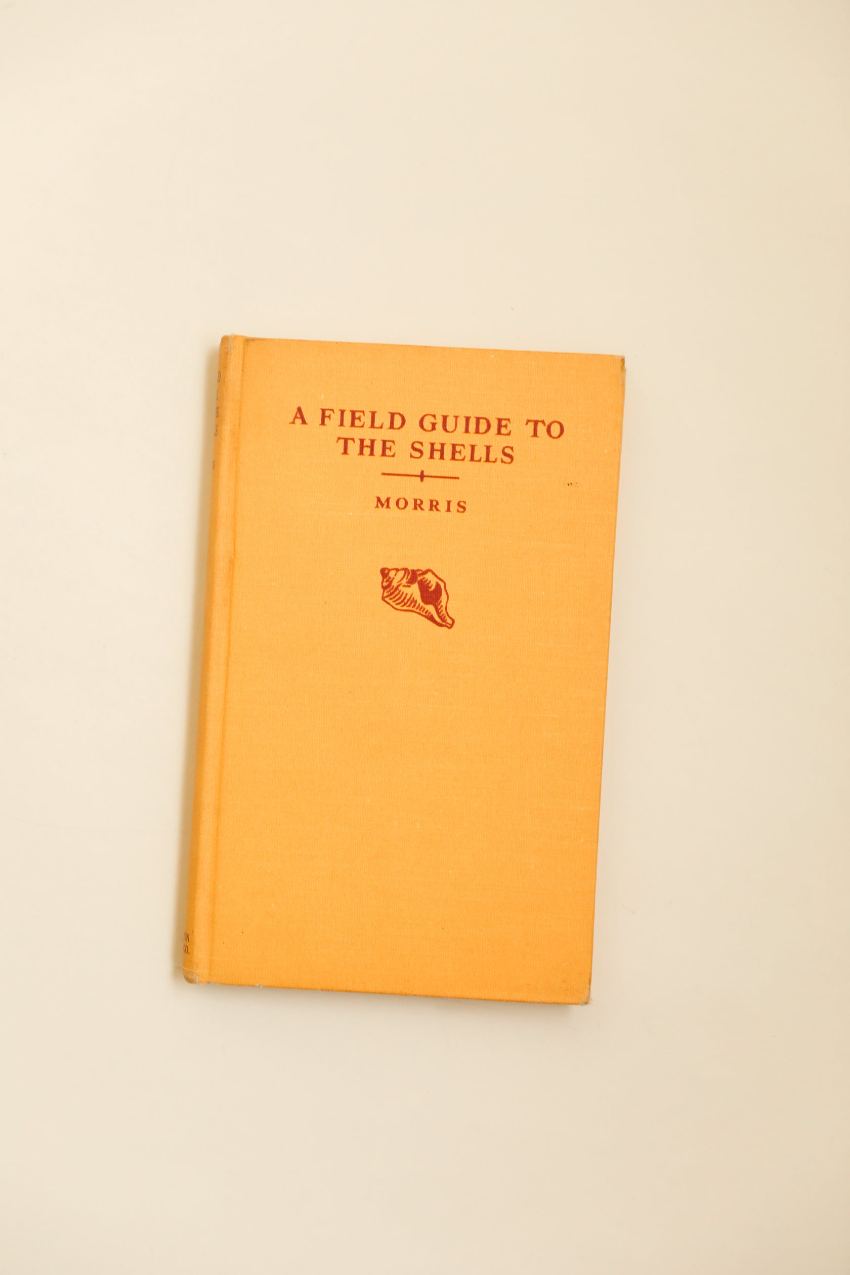 A Field Guide to the Shells by Percy Morris
