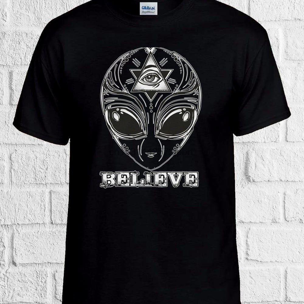 T-Shirt Illuminati Believe in Alien