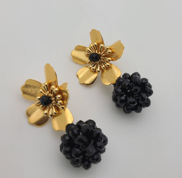 Kate ball Earrings (Black)