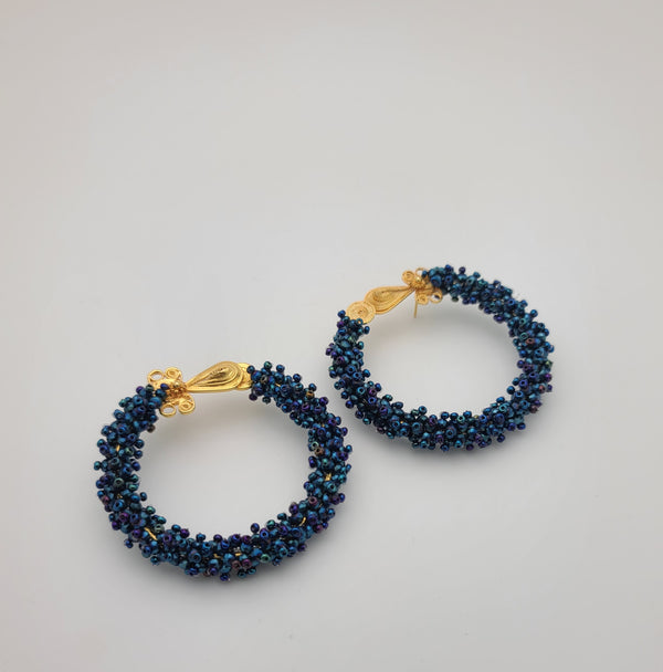 Melania beaded hoops (blue)