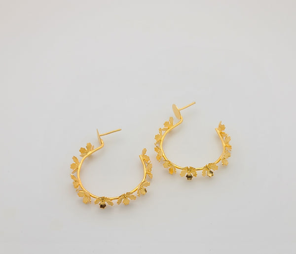 Tiny Flowers Hoops (Gold)