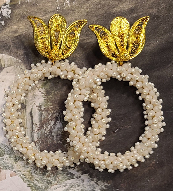Ysa Beaded Hoops ( Pearl/Crystals)