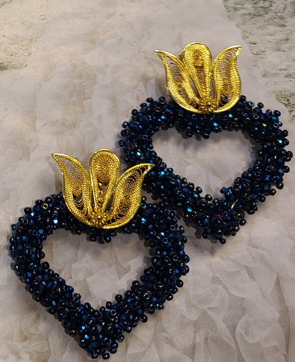 Ysa Beaded Hearts ( Iridescent Blue)