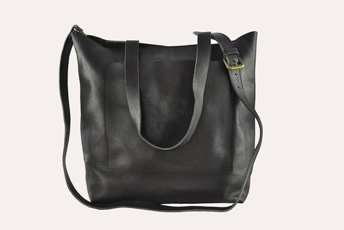 journalist tote black