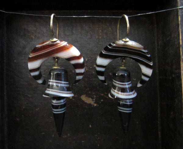 Victorian Banded Agate Crescent Earrings 9k c. 1870