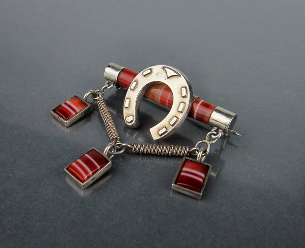 Victorian Scottish Banded Agate Horseshoe Brooch Sterling c. 1870