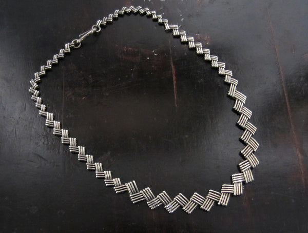 SOLD--Vintage Woven Zig Zag Collar Sterling c. 1980