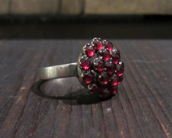 Victorian Bohemian Garnet Cluster Ring 800 Silver c. 1900