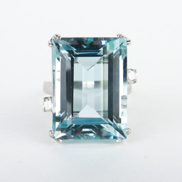 Vintage Aquamarine and Diamond Ring 14k c. 1960
