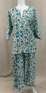 Load image into Gallery viewer, Tunic Top w/ Drawstring Pants - Turquoise Tiger-Eye