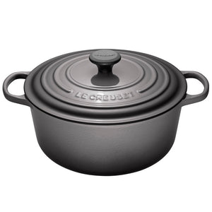 Le Creuset Signature Round French Oven - Cookery