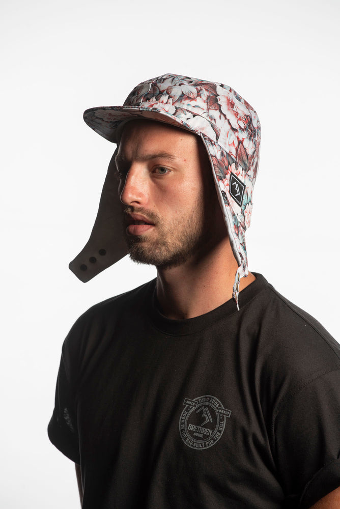 Load image into Gallery viewer, Floral waterproof snowboarding cap