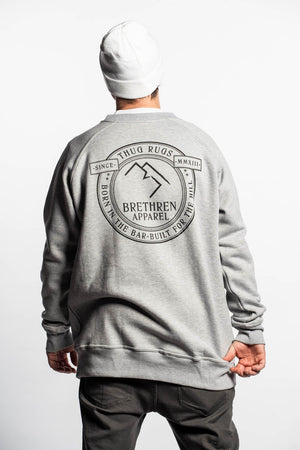 Laden Sie das Bild in den Galerie-Viewer, Plaque Crewneck - Grey - brethrenapparel
