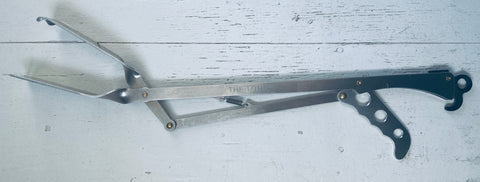 The 600mm Tongs Braai Tongs