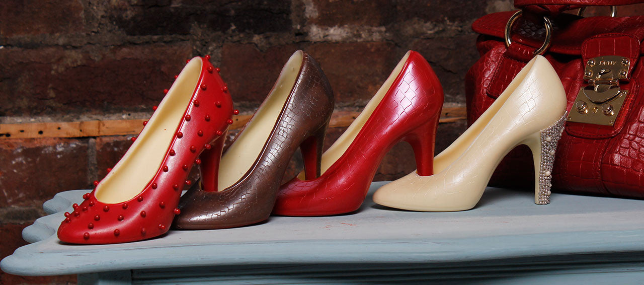 chocolate shoes, fashionable and tasty