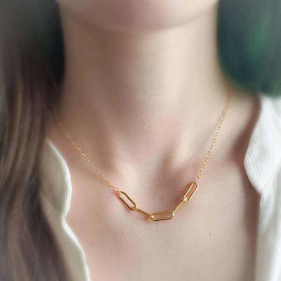 Bold Paperclip Segment Necklace