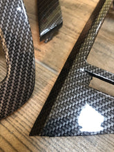 Load image in the gallery viewer, HFC-132 Hydroimpression car moldings in carbon fiber film with black and silver colors.