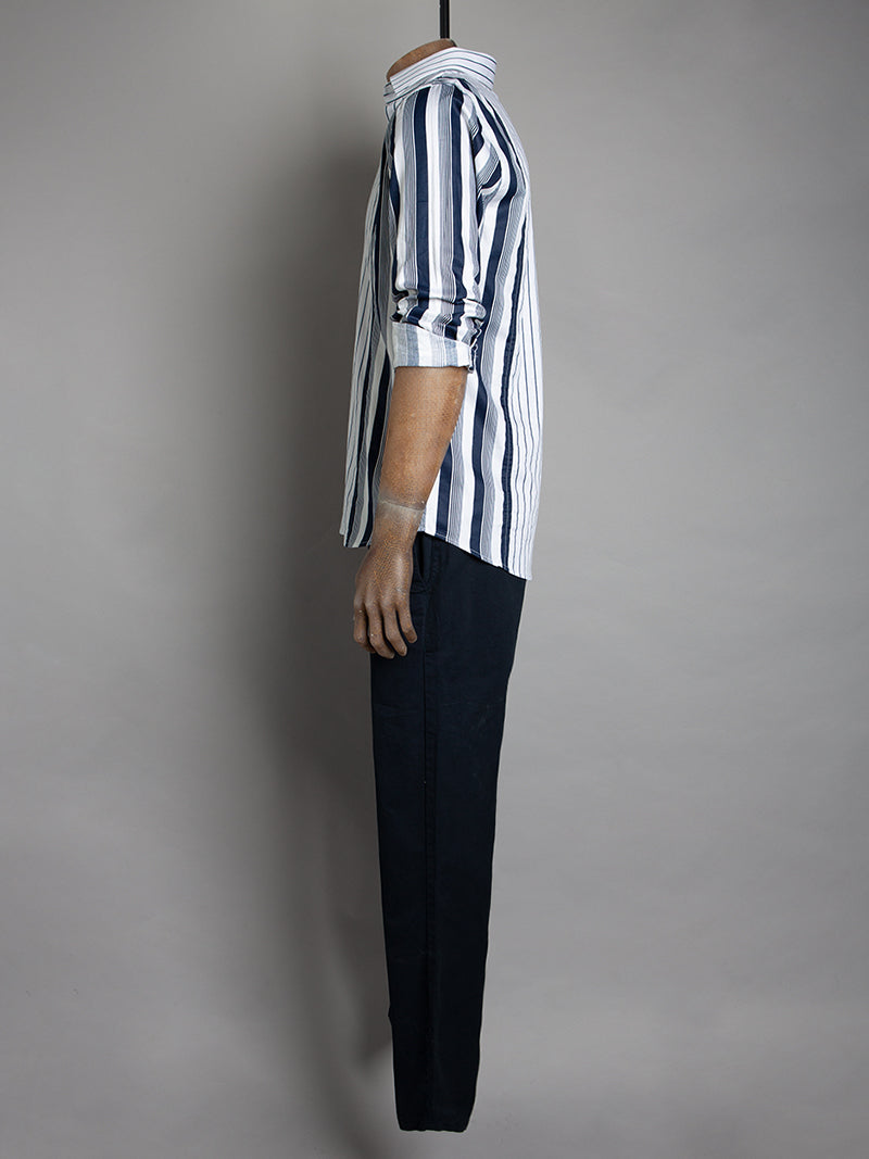 BLUE FINE STRIPE L/S SHIRT - WHITE