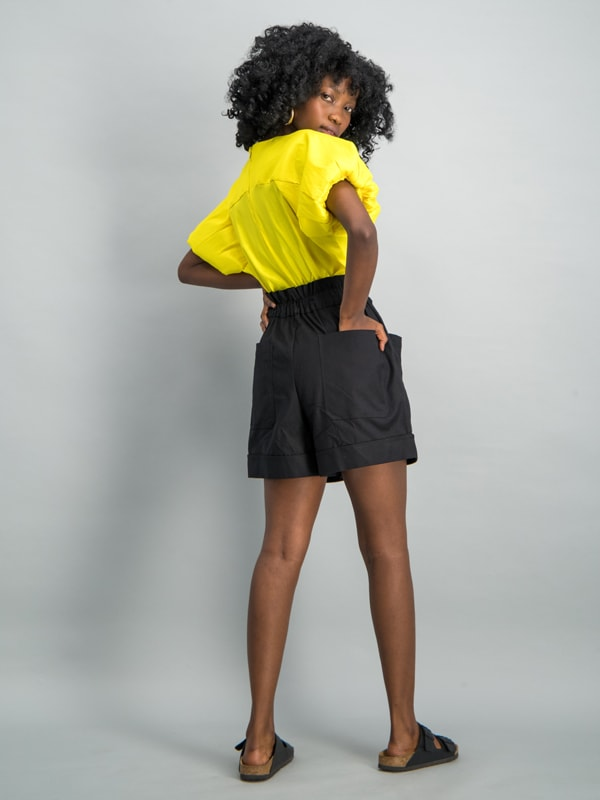 High-waist belted short - Black
